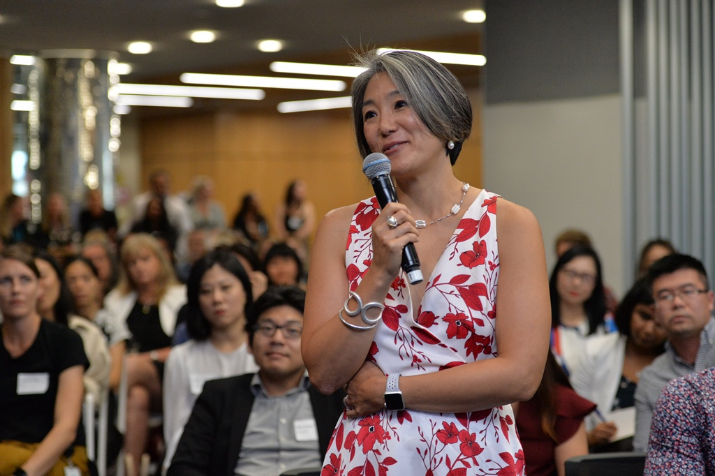 Consul General Katelyn Choe, U.S. Consulate asks a question